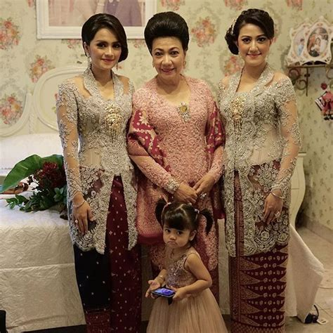 Baju Muslim Orang Tua 32 best images about kebaya on jakarta search and instagram