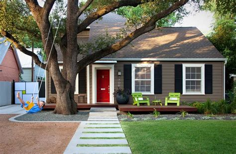 Small Home Exterior Colors How To Build Decorate And Enjoy A Floating Deck