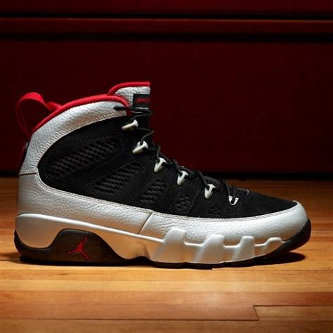 cool cheap basketball shoes 1000 images about awesome basketball shoes on