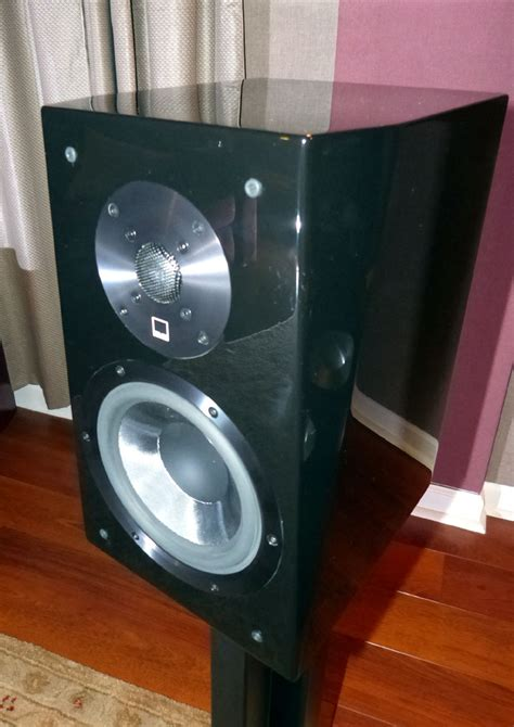 svs ultra bookshelf speakers review audioholics
