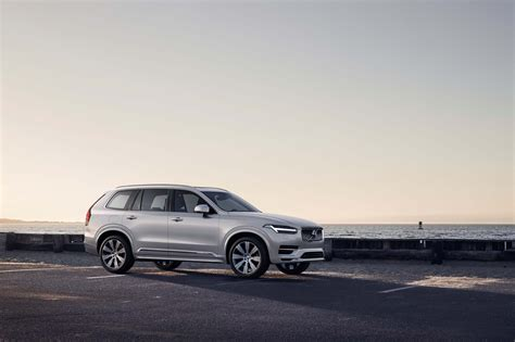 Volvo Xc90 Model Year 2020 by 2020 Volvo Xc90 Bows With Minor Changes Updated