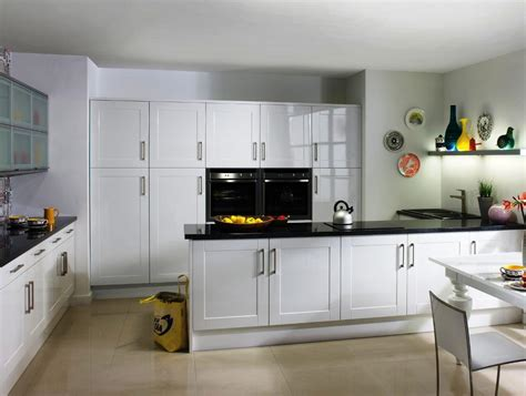 modern kitchen ideas with white cabinets modern white shaker kitchen cabinets designs ideas