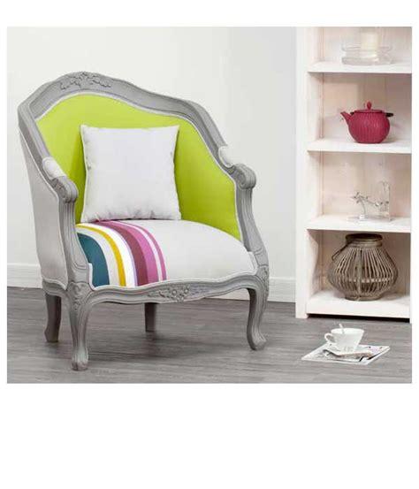 Délicieux Creer Une Entree Dans Un Salon #4: petit-fauteuil-cabriolet-style-baroque-structure-bois-delamaison.jpg