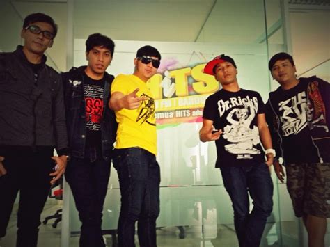 download mp3 five minutes sepi hatiku liyaliux