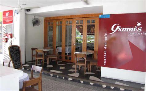 Living Room Cafe Taman Pelangi Jb Gianni S Italian Restaurant In Jb Taman Pelangi And