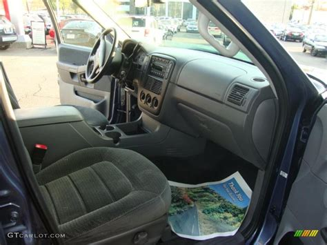 Ford Explorer 2002 Interior by Graphite Interior 2002 Ford Explorer Xlt 4x4 Photo