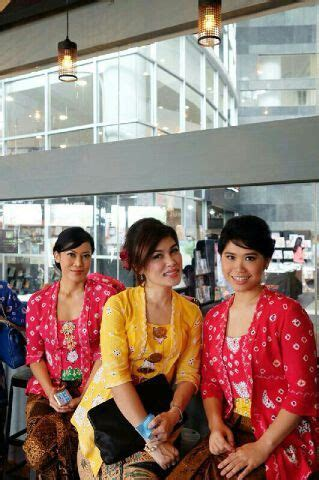 Atasan Kebaya Wanita 19 1000 images about jumputan n batik on vests