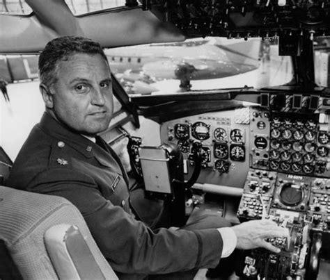 Colonel A Johnson Also Search For Ralph Albertazzie 88 Flew Air One Nixon The Boston Globe