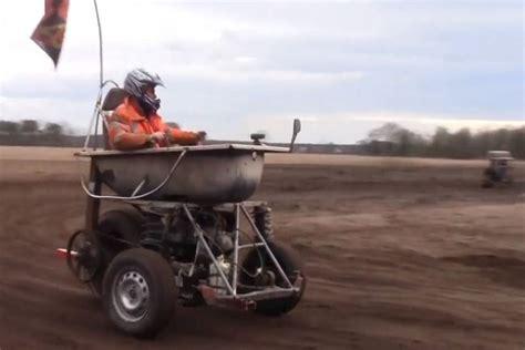bathtub race track video is bathtub racing cool or crazy onedirt