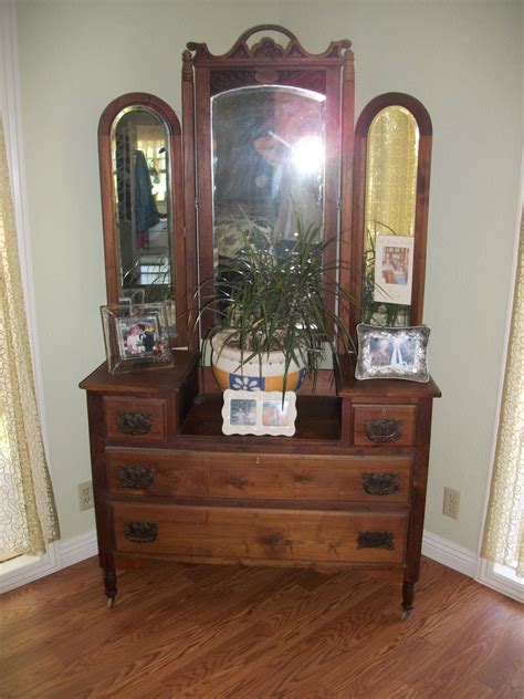 Antique 3 Mirror Vanity by Furniture Brown Wooden Vintage Vanity Table With Three