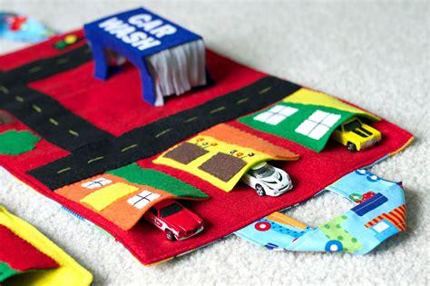 car mats today felt pop up car wash car play mat today i felt crafty
