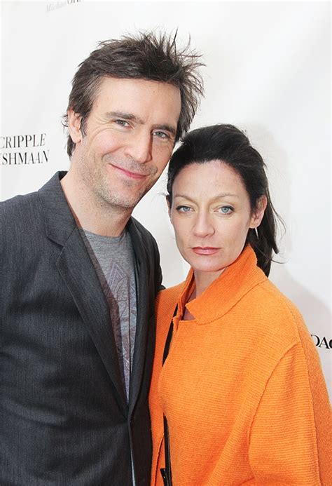 jack davenport michelle gomez broadway photo 22 of 44 cheers raise a glass to