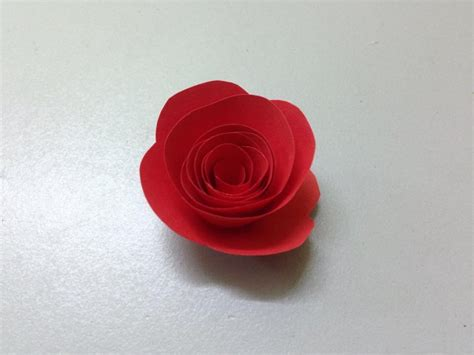 How To Make Small Paper Roses - how to make small paper flower easy origami flowers