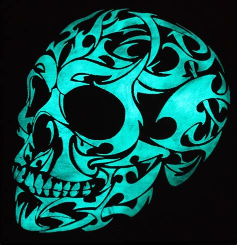 glow in the dark 3d gothic skull painting by twilight vision