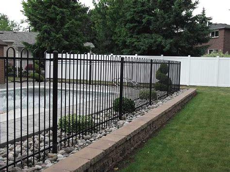 backyard vinyl fence aluminum fencing archives vinyl fence toronto