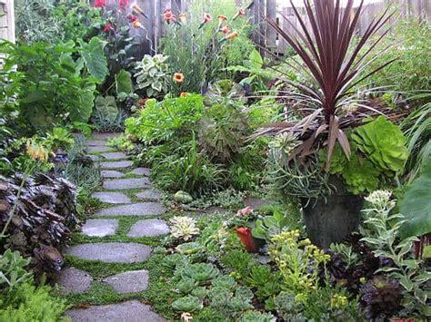 Backyard Botanical Garden by 39 Inspiring Backyard Garden Design And Landscape Ideas