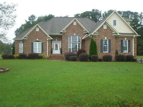 houses for rent in lumberton nc 239 river run rd lumberton nc 28360 home for sale and real estate listing