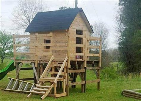 pallet play house pallet wood train engine playhouse