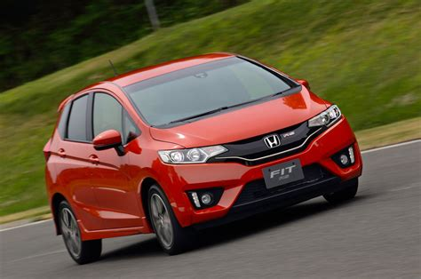 St Aliando Fit L 2015 Honda Fit Drive Motor Trend