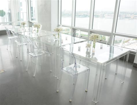 Dining Table With Ghost Chairs Ghost Chairs Invisible Table Kartell Louis Ghost