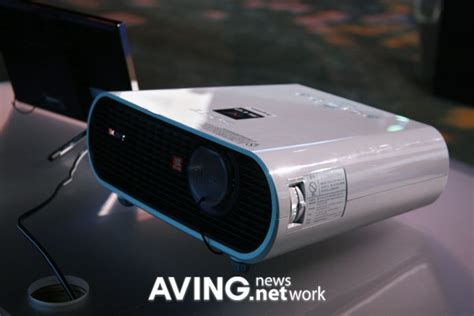 Projector Sony Vpl Dx102 Entri Level sony vpl es5 lcd projector svga 800x 600 2000 ansi in