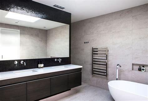 Tasteful Modern House In Auckland New Zealand New Modern Bathrooms