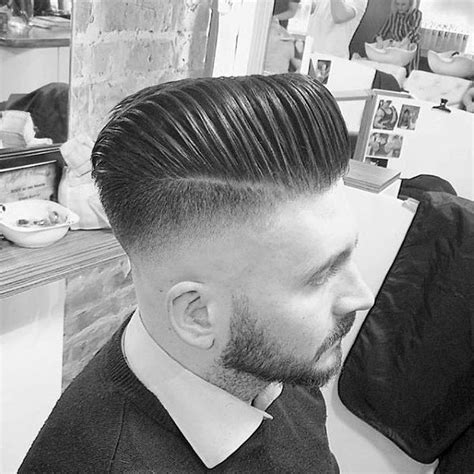 how to do a fade haircut on yourself how to give yourself a taper fade haircut hairs picture