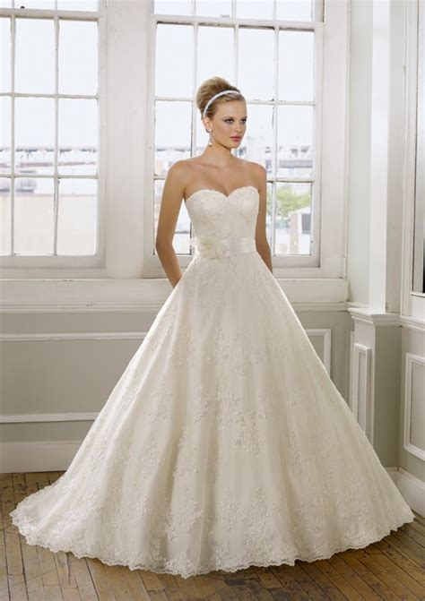 Princess Wedding Dresses by Lace Princess Wedding Dress Sang Maestro