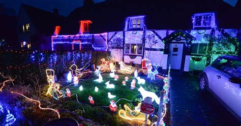 pictures amazing christmas lights illuminate warwickshire