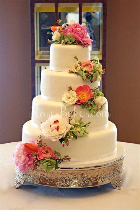 Fresh Flower Wedding Cake by White Wedding Cake With Cascading Fresh Flowers