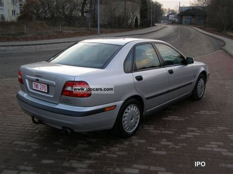 old car owners manuals 2001 volvo s40 free book repair manuals 2001 volvo s40 car photo and specs