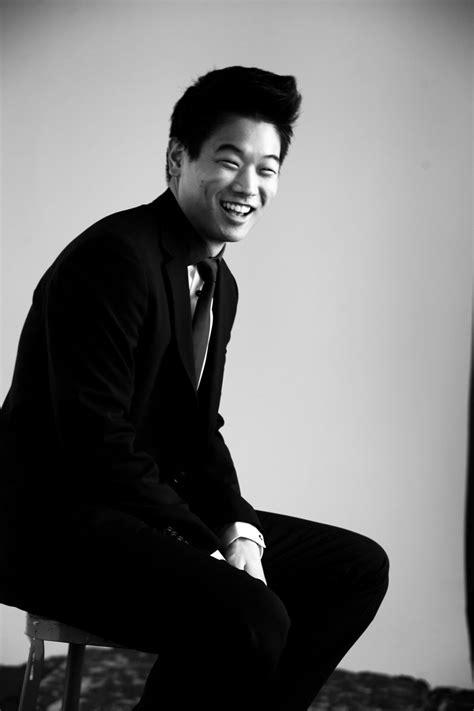 Ki hong Lee awwwww so happy he's married :')   ♔ I ♥ men