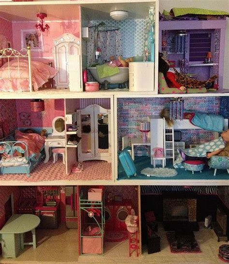 Handmade Doll House - handmade dollhouse for my s american dolls