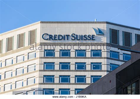 suisse bank credit suisse canary wharf stock photos credit suisse