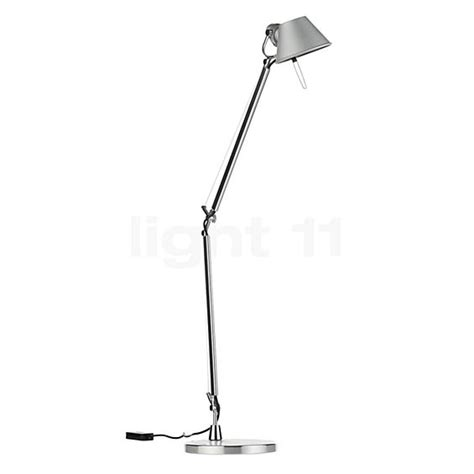tolomeo led table l le de table artemide tolomeo midi tavolo led light11 fr