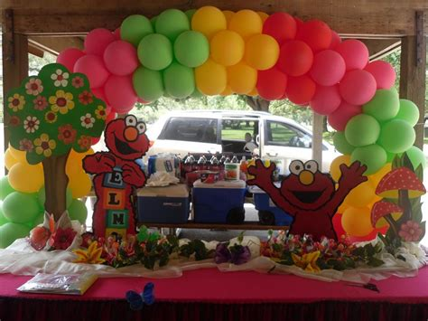 Elmo Room Decorating Ideas by Elmo Decoration For A From Partyzon Rental In