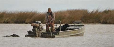 duck hunting boat tips buyers tips for duck boats