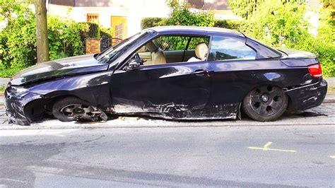 Bmw 3er Cabrio Youtube by Bmw Crash In The City 335i E93 Cabrio Unfall Wypadek