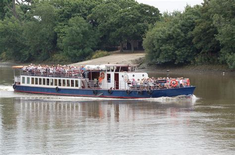 thames river boats kew to hton court thames river boats westminster to hton court images