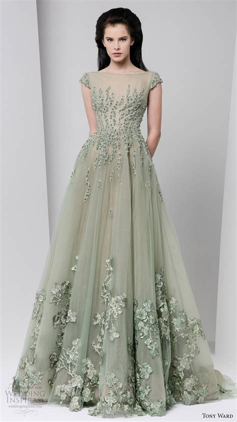 New Season Trends Of The Ballgown by Tony Ward Fall 2016 Ready To Wear Dresses Wedding Inspirasi