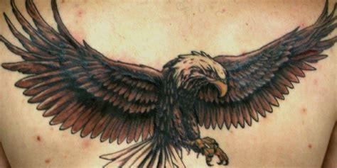tatuaggio sopra il sedere tatuaggio aquila con fascio littorio tatuaggio