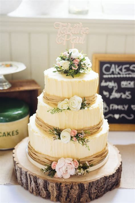 25  best ideas about Wedding Cakes on Pinterest   Pretty