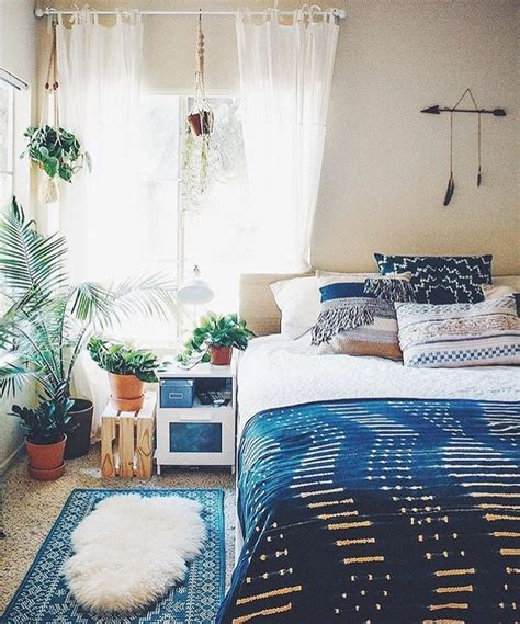 indigo bedroom best 25 indigo bedroom ideas on pinterest navy bedrooms