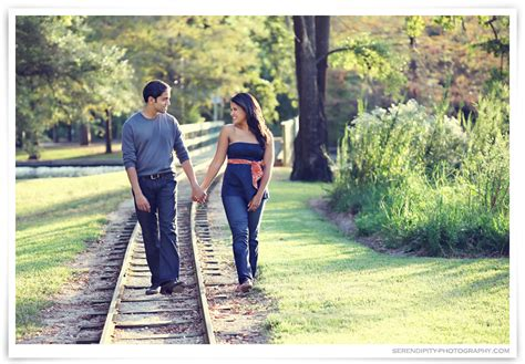 Where To Take Wedding Pictures by Engagement Photos On Location In Hermann Park Houston
