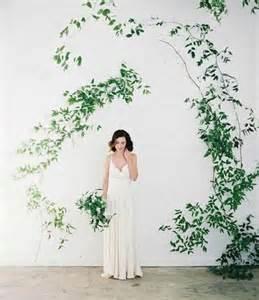 wedding backdrop greenery 20 fresh and beautiful greenery wedding backdrops weddingomania weddbook