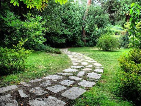adoquines para jardines m 225 s de 25 ideas incre 237 bles sobre adoquines para jardin en