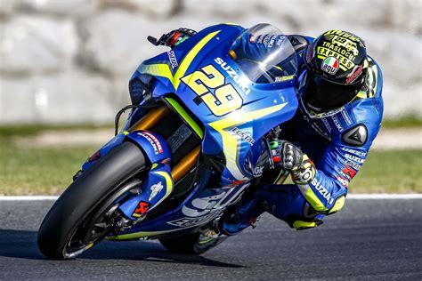 suzukis motogp aerodynamics asphalt rubber