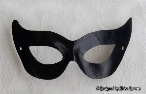 printable catwoman mask template 50s catwoman black leather mask gotham girl villian