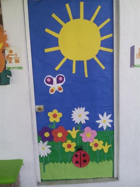 imagenes educativas puertas navidad 147 mejores im 225 genes de decoraci 211 n puertas en pinterest