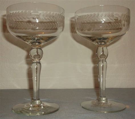 leaf pattern wine glasses 29 best vintage glassware images on pinterest vintage